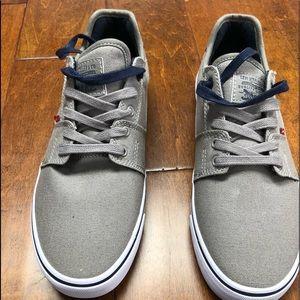 Classic Levi shoes Grey/Blue sz Various